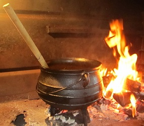 South African Braai recipes - potjiekos
